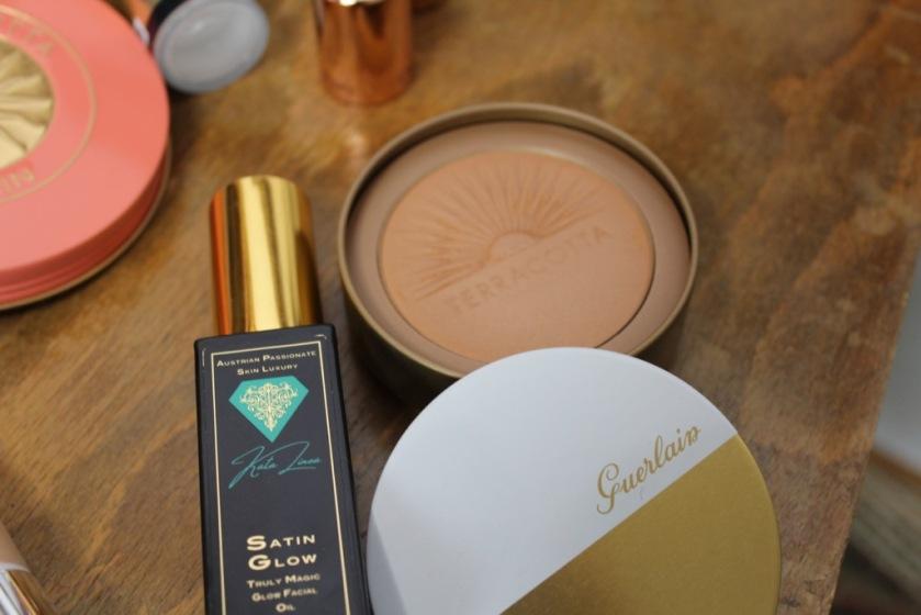 Satin Glow Katalinea / Guerlain Terracotta Ultra Shine