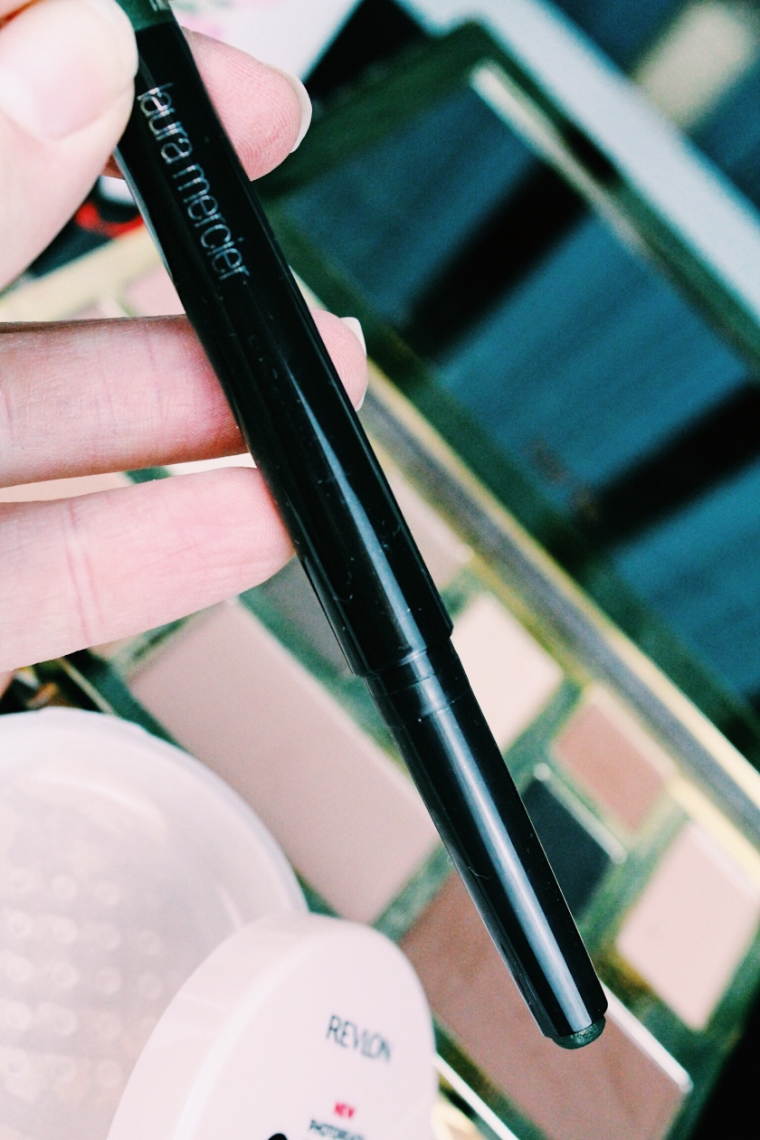 Caviar Stick in Jungle/ Laura Mercier