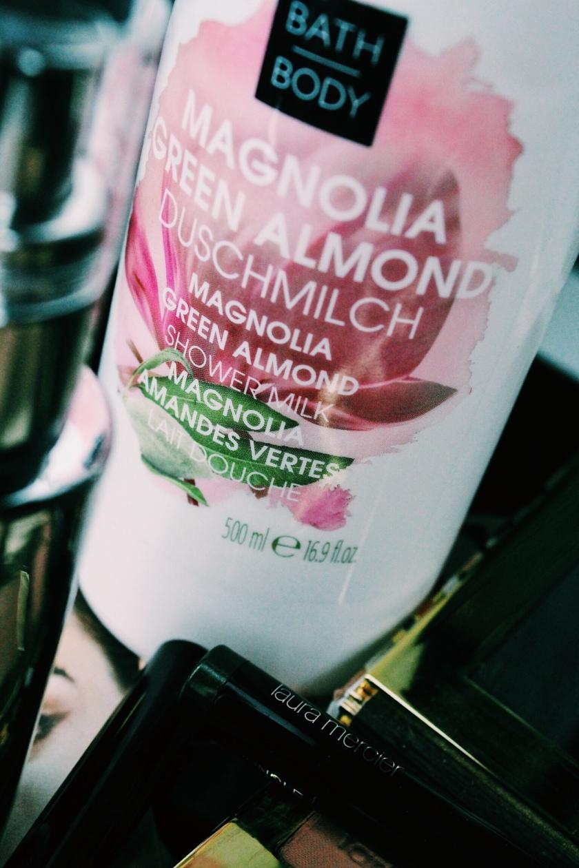 M.Asam Magnolia & Green Almond Duschmilch